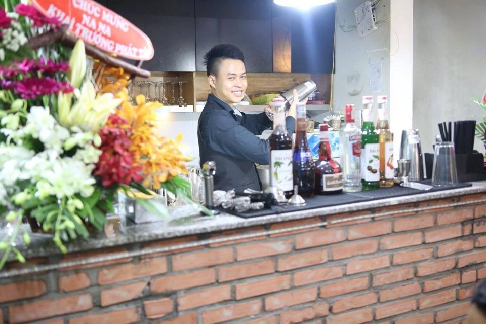 "Anh ""bar"" của Wichita - Wichita Tarot Cafe"