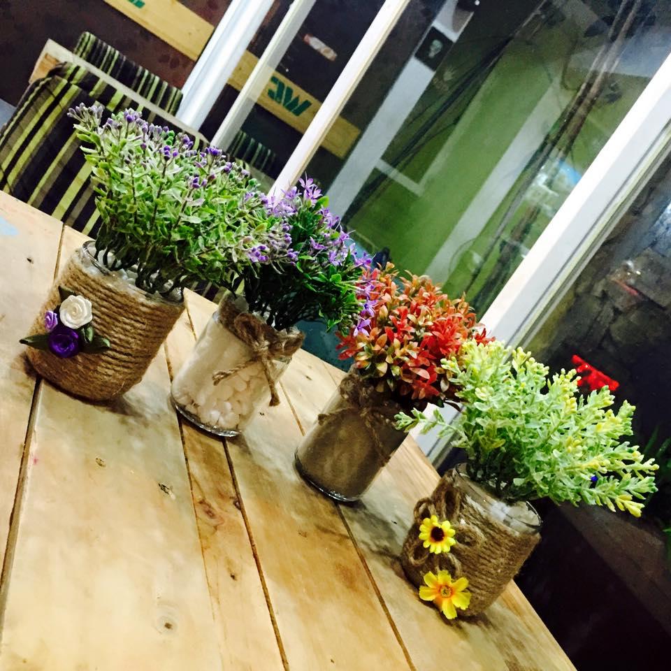 lọ hoa nho nhỏ - Wichita Tarot Cafe